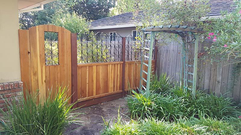 custom fencing 9