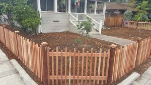 custom picket fence 4