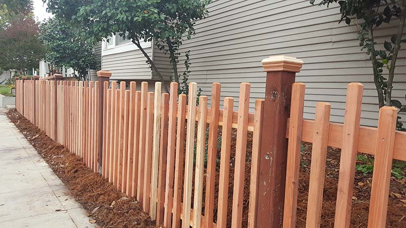 custom picket fence 5