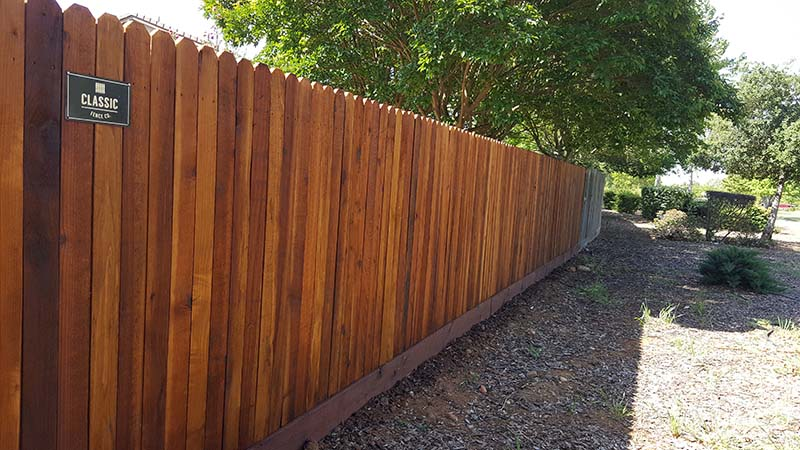 Redwood Dog Ear Fence  with Kickboard (Stained) – 3