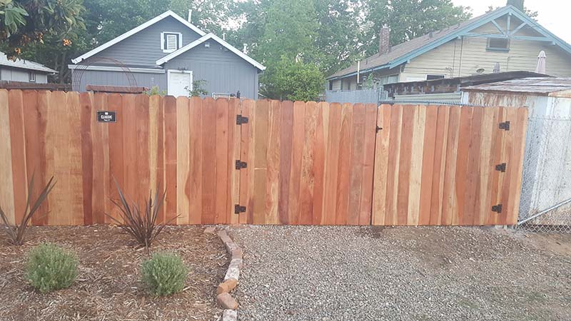 Redwood Dog Ear Fence – 12