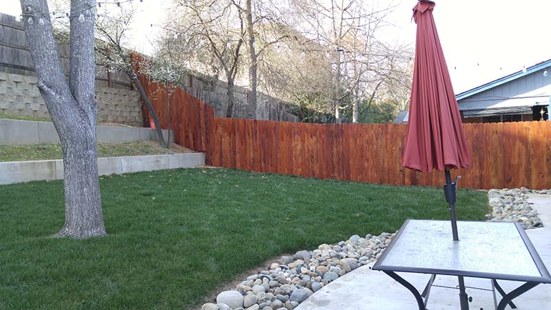 Redwood Dog Ear Fence (Stained) – 14