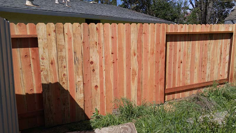 Redwood Dog Ear Fence – 1