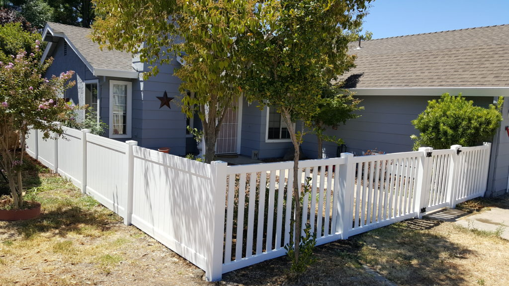 Custom Picket Vinyl Fence