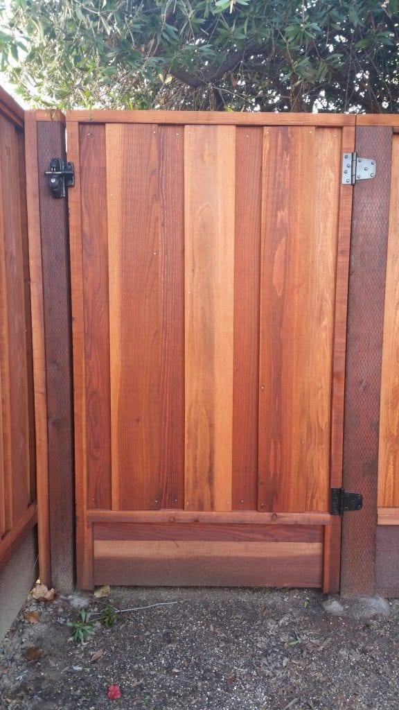 Board on Board Capped Gate – 15