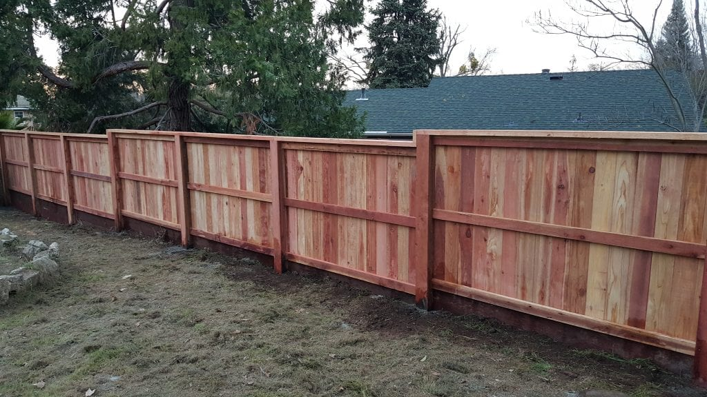 Board on Board Cap and Trim with Retaining Wall – Rail Side -19