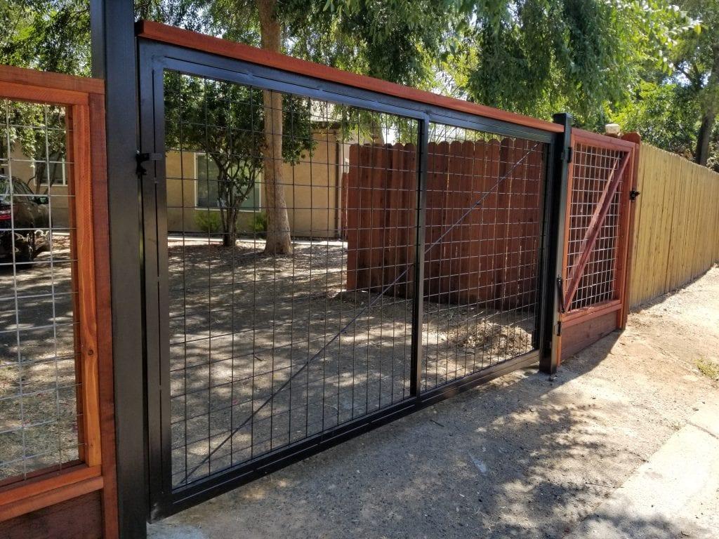 Custom Welded Hogwire Gate – 15