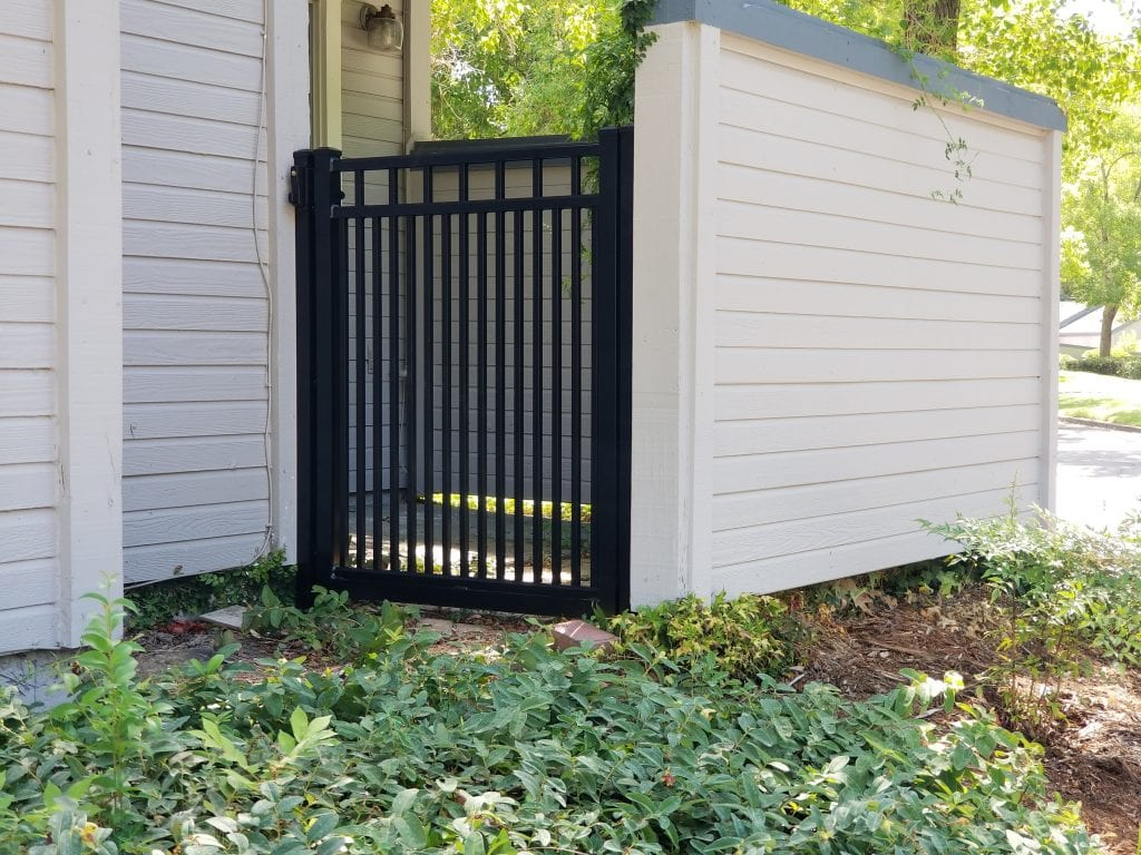 Aluminum Flat Top Gate – 16