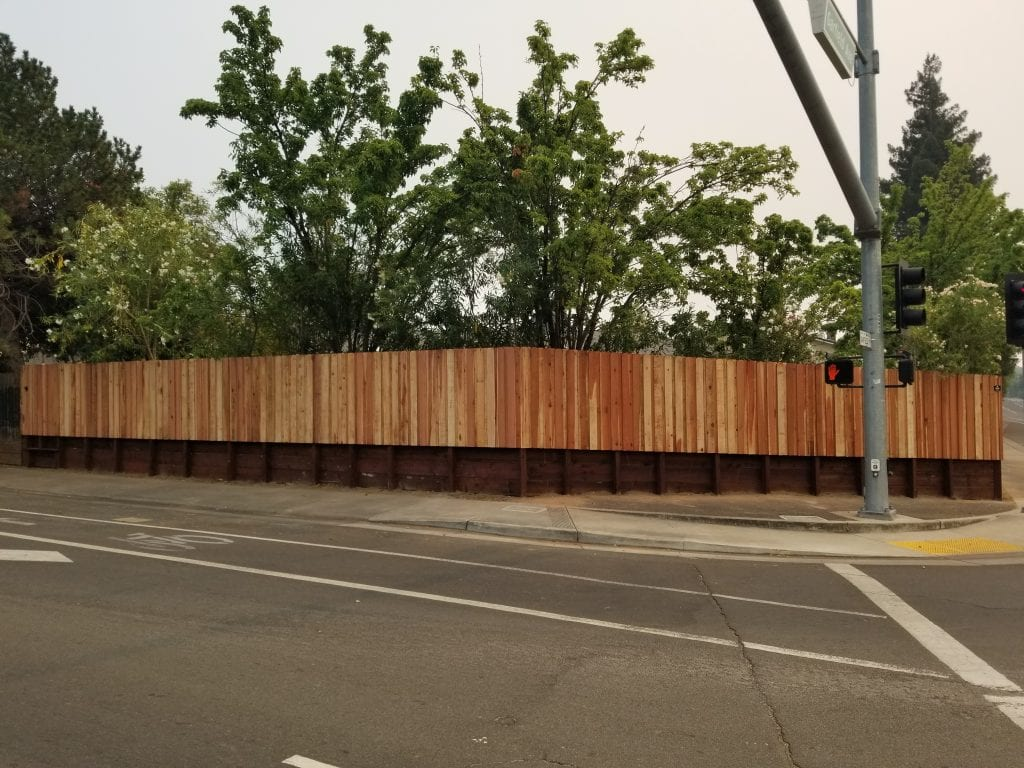 Board on Board Dog Ear style with Retaining Wall – 3