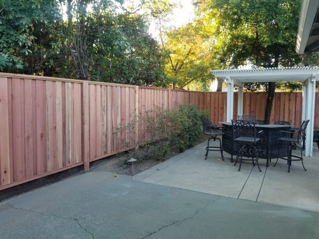 Board on Board Cap and Trim with Kickboard and Steel Posts – 24